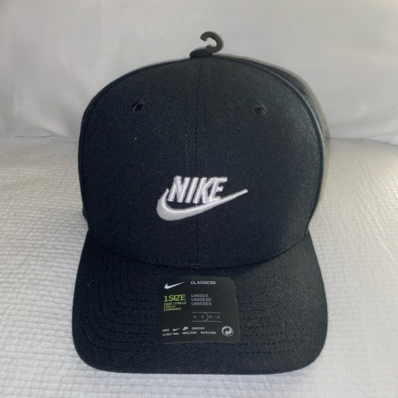 Nike Other - Nike black SnapBack sportswear hat